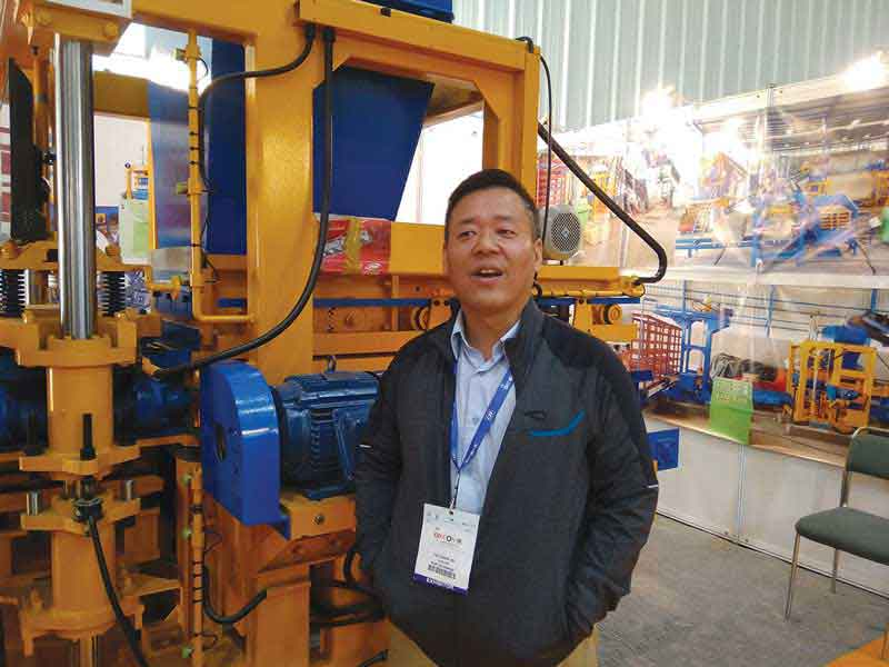 Ruby Enterprises, distributor of Korean company Myoung Sung Engineering, showcases fully automatic compact paver