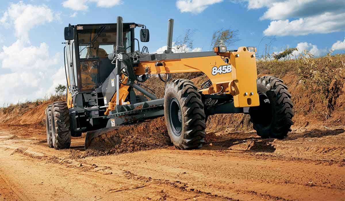 Motor Graders More Robust & Tougher