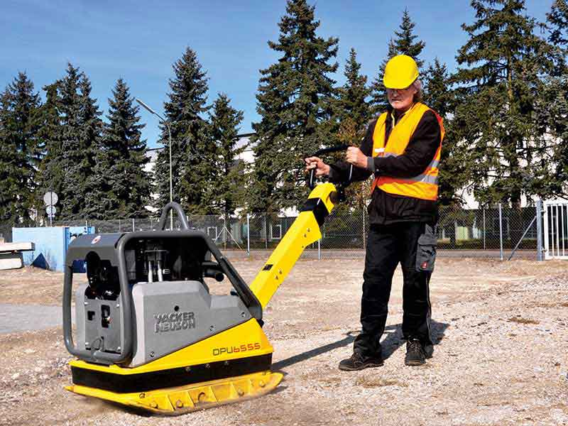 Wacker Neuson introduces DPU6555 Hech Reversible Plate Compactor in India