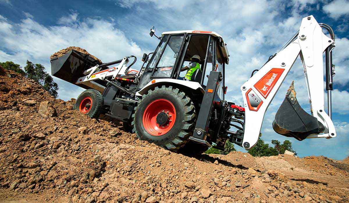 Bobcat B900 Backhoe Loader