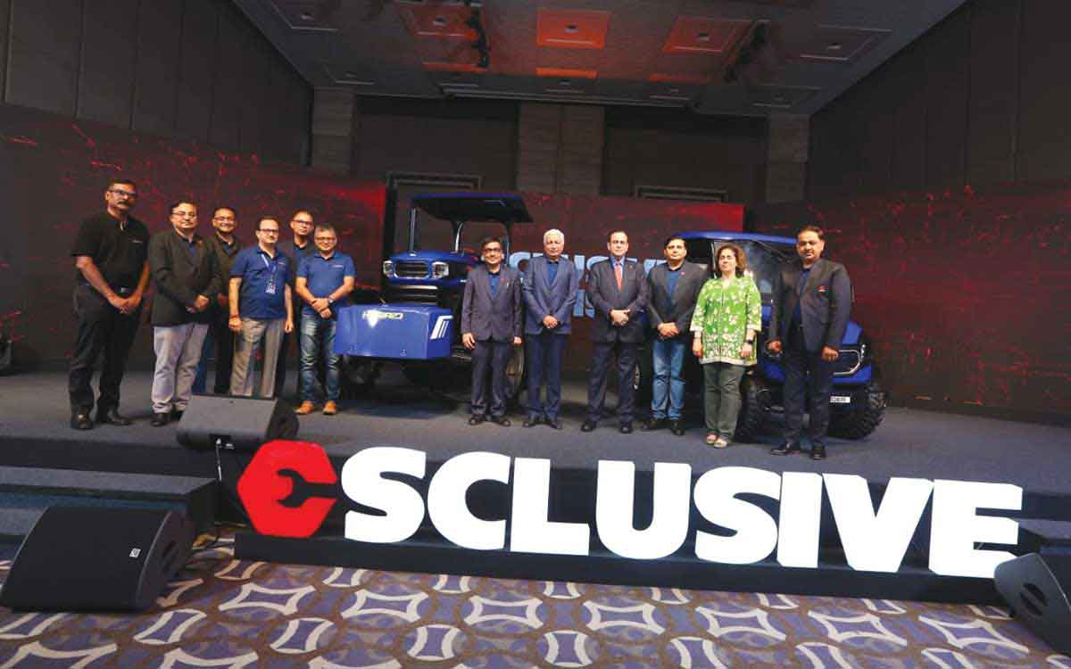 Escorts Showcases India's First Hybrid Backhoe Loader & Tractor at Esclusive 2019