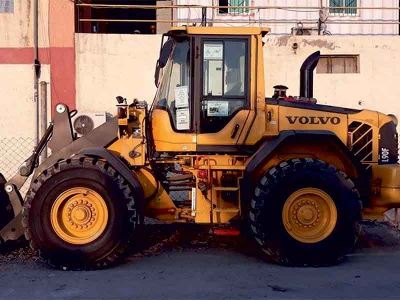 Volvo L90F Wheel Loaders Drive Efficiency at Underground Zinc Mine