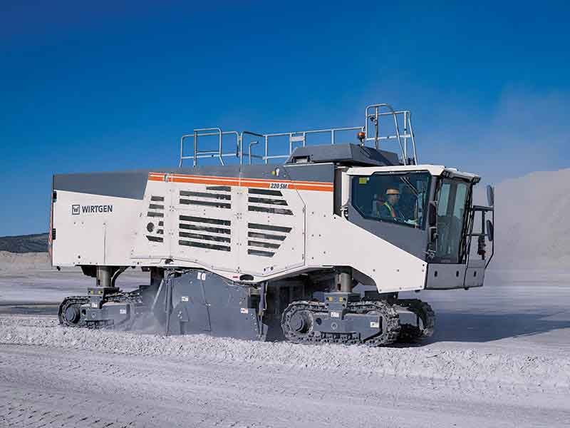 The WIRTGEN 220 SM: Surface Miner for Raw Material Extraction & Routing