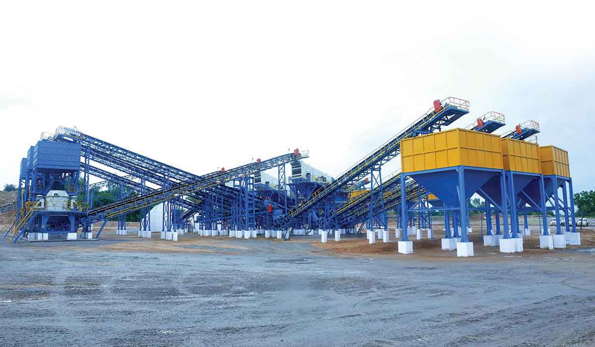 Puzzolana 300TPH 4 Stage Aggregate Crushing Plant