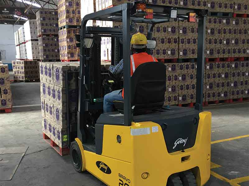 Godrej Material Handling launches new Bravo Electric Three-Wheel Forklift