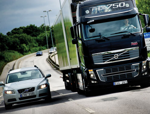 Volvo Trucks Safety Systems