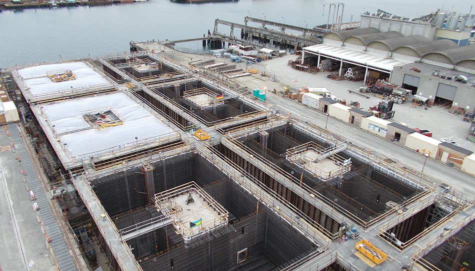 Precast pontoons for the Evergreen Point Floating Bridge
