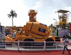 Apollo Inffratech displays range of concrete construction equipment