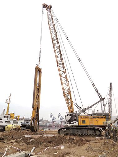 Liebherr Duty Cycle Crawler Crane Deployed for Port