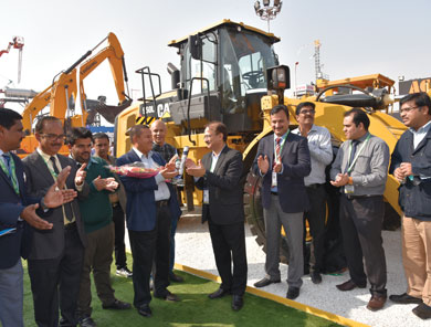 Caterpillar launches Excavator & Wheel Loader