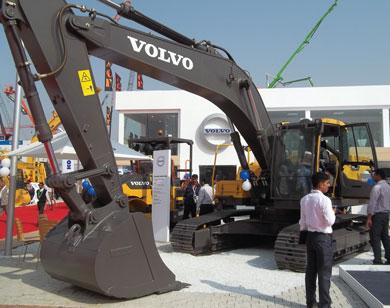 Volvo India's New Excavators, Pavers & Asphalt Compactors