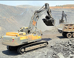 Volvo's EC480DL crawler excavator tested with 90% average uptime in toughest environments