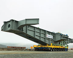 Universal Transport moves ultra-heavy components for an F60 opencast mining conveyor bridge