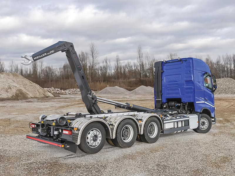 MEILLER displays weight-optimised MEILLER semi-trailer with heat insulation