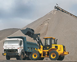 Wheel Loaders market to grow in 2014-15 in India