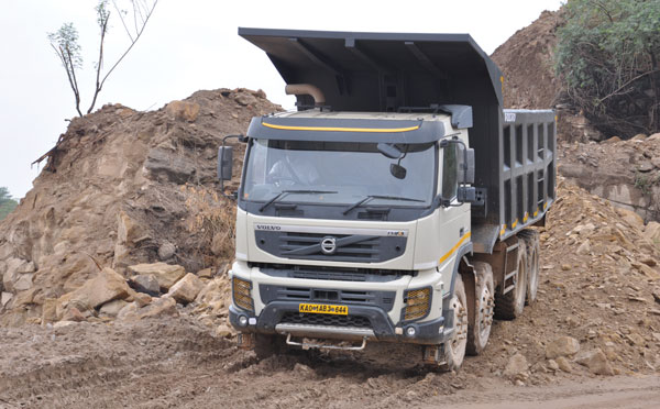Tipper Trucks: OEMs Gain Business Amidst Compressed Market Size