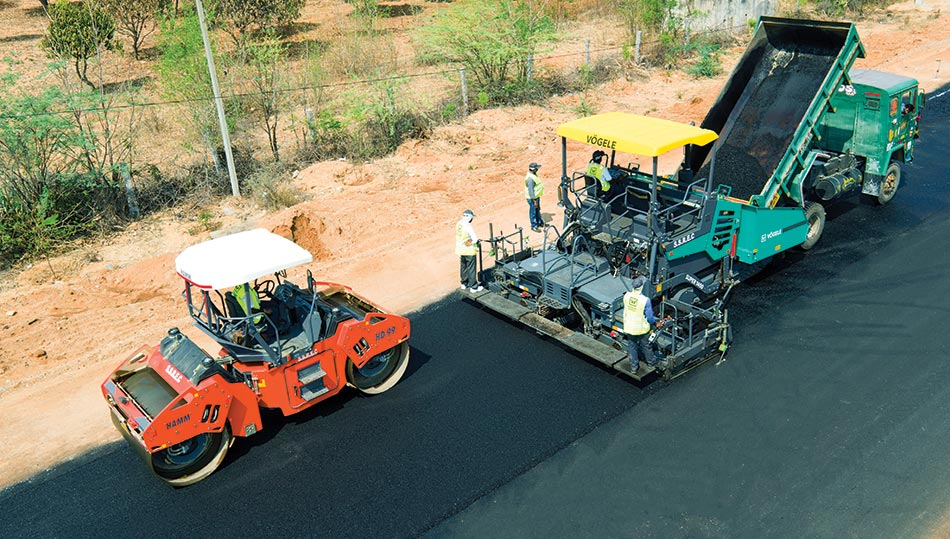 Asphalt pavers and compactors are undergoing a new round of innovations
