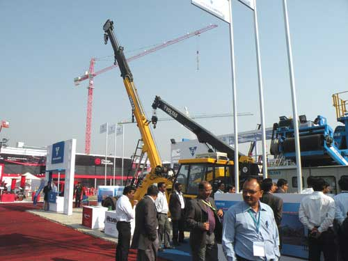 Voltas Limited displays new hydraulic truck mounted VLTC-25