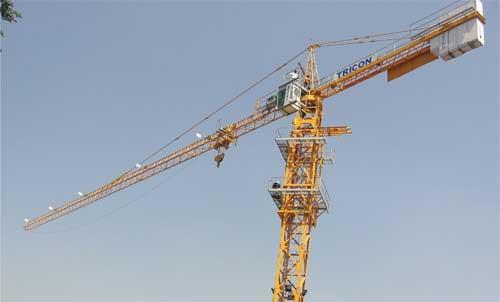 MCi 85 A tower crane