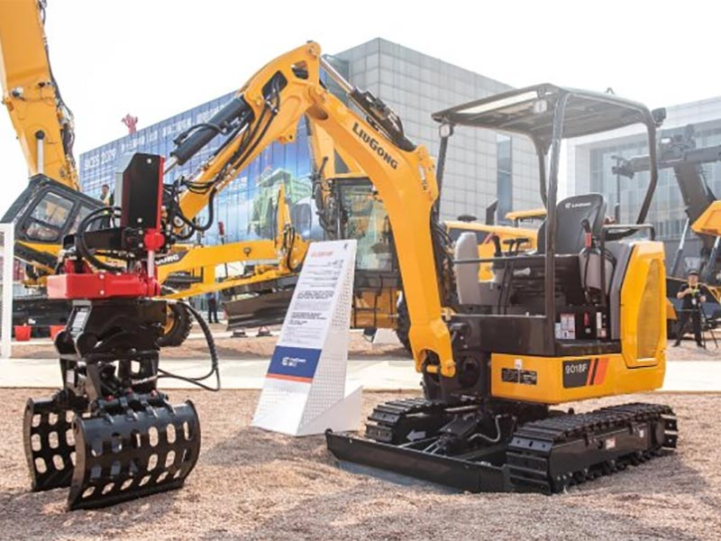 Schwing Stetter India launches new XCMG crawler hydraulic